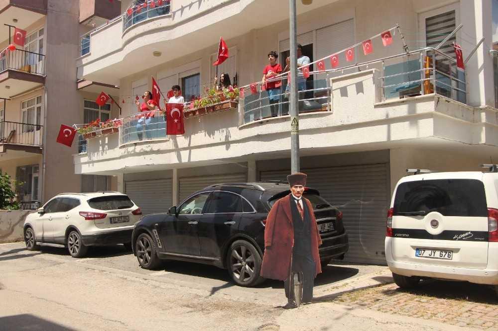 Manavgat'ta 23 Nisan coşkuyla kutlandı