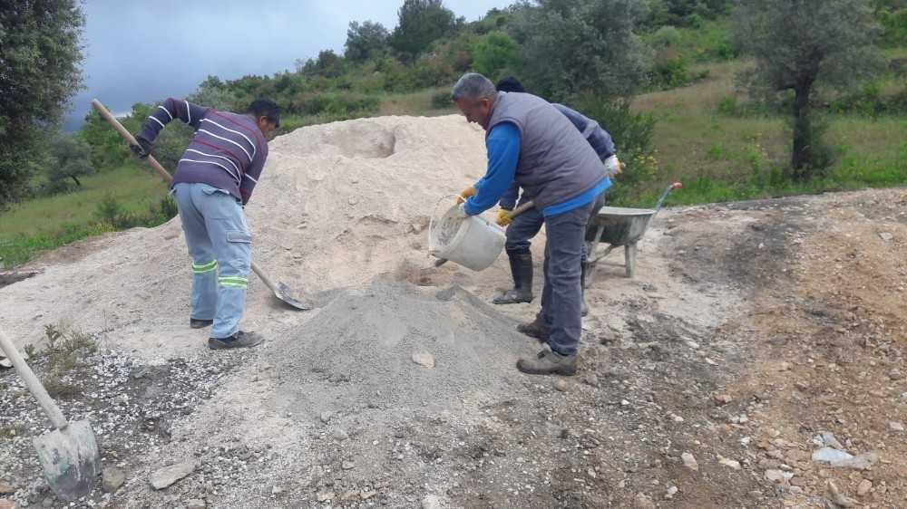 Alanya kırsalda bakım onarım devam ediyor