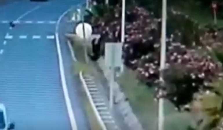 Antalya'da korkunç kaza…Havada taklalar atıp metrelerce ileri uçtu