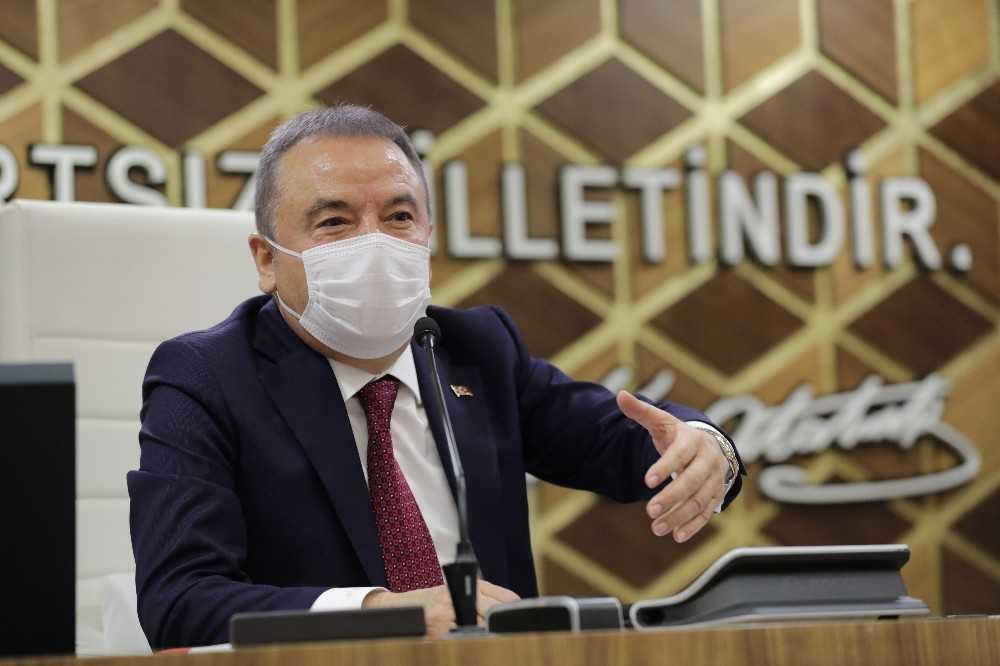 Başkan Böcek Kırcami alt yapısı için kolları sıvadı