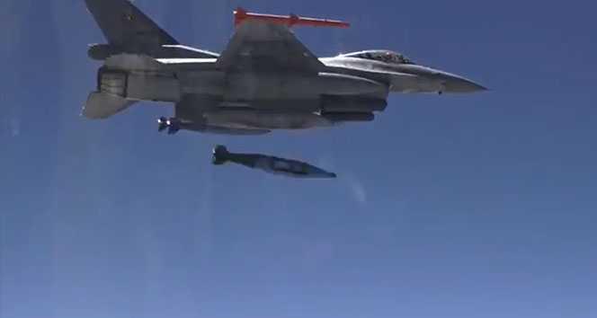 Yerli ve milli Hassas Güdüm Kiti-84 Lazer Arayıcı Başlık'ın test atışı gerçekleşti.