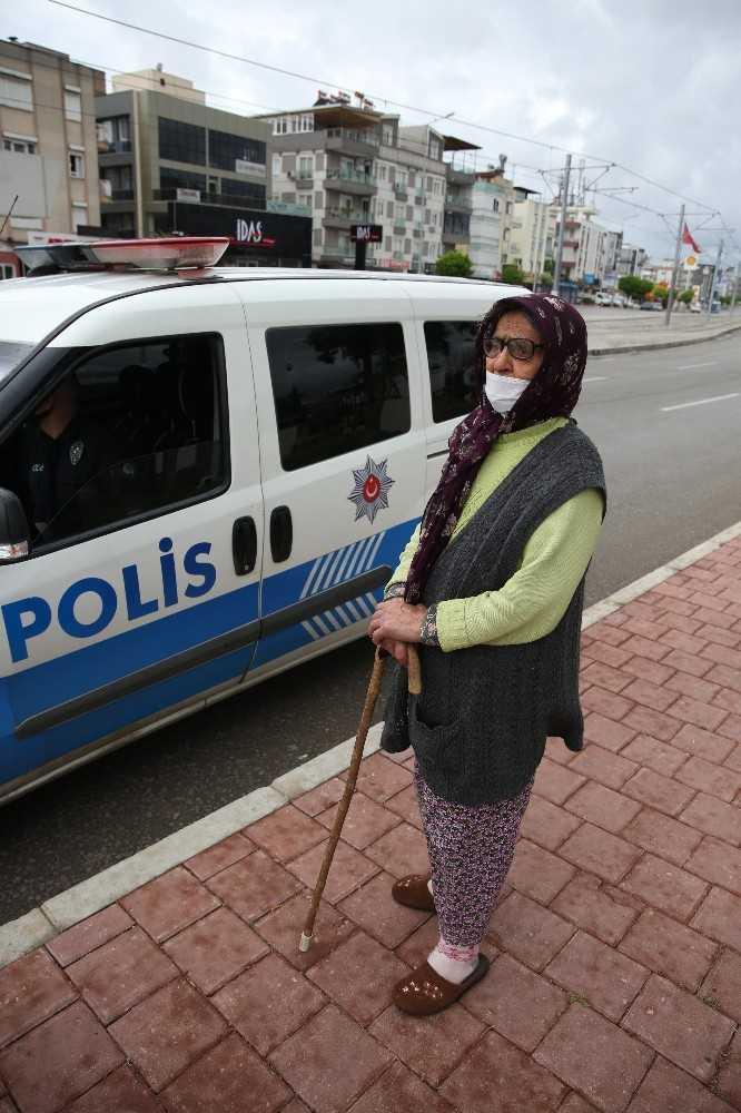 """Kısıtlamayı ihlal eden yaşlı kadın: """"Yakınlarım beni evimden attılar"""""""