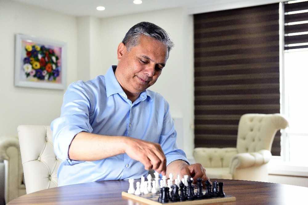 Muratpaşa'dan online satranç turnuvası