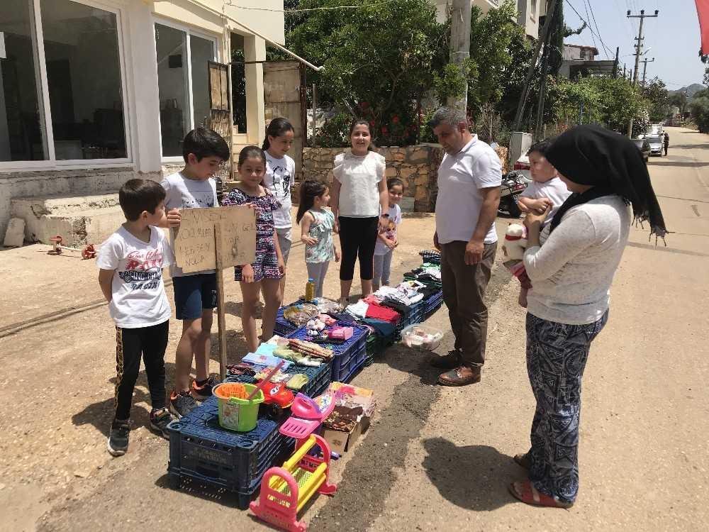 Öğrencilerden kimsesiz çocuklara yardım