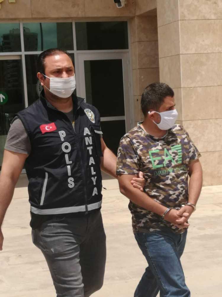 13 kişiyi toplamda 160 bin 900 TL dolandıran çete çökertildi