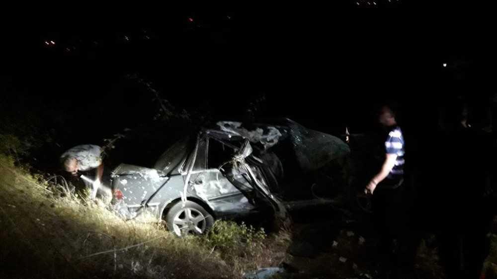 Alanya'da kontrolden çıkan otomobil takla attı: 3 yaralı