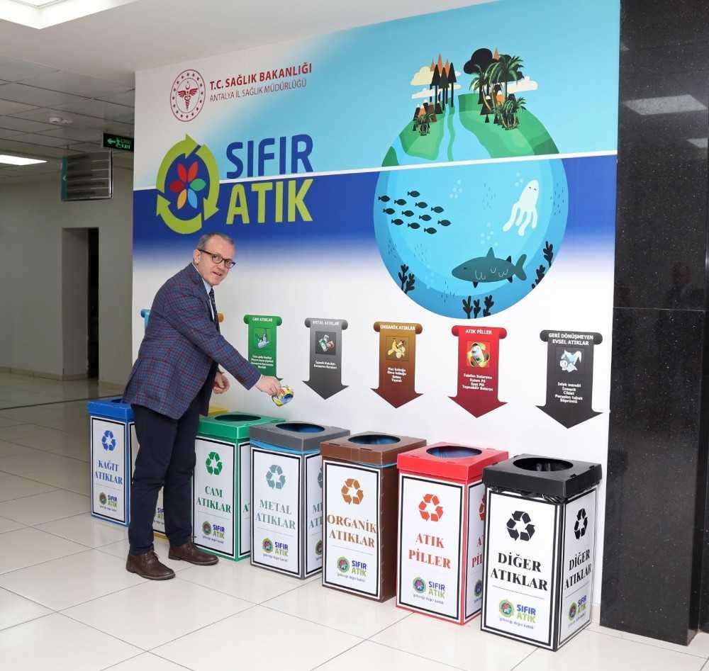 Antalya'da 33 sağlık tesisi sıfır atık belgesi aldı