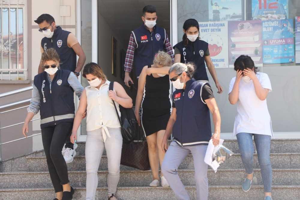 Antalya'da zorla fuhuş yaptırılan 5 kadın kurtarıldı