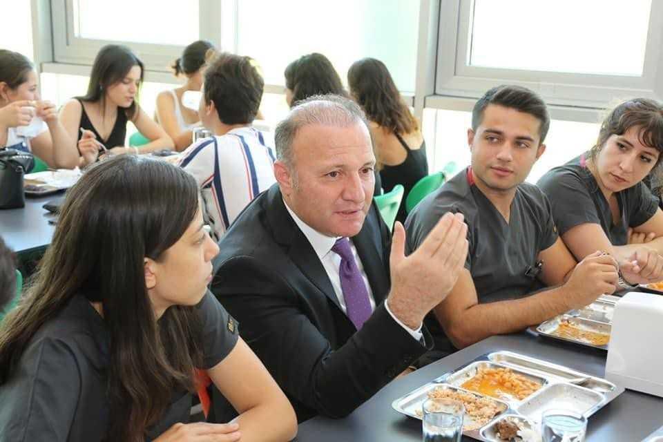 AÜ öğrencilerinin kariyerlerine profesyonel destek