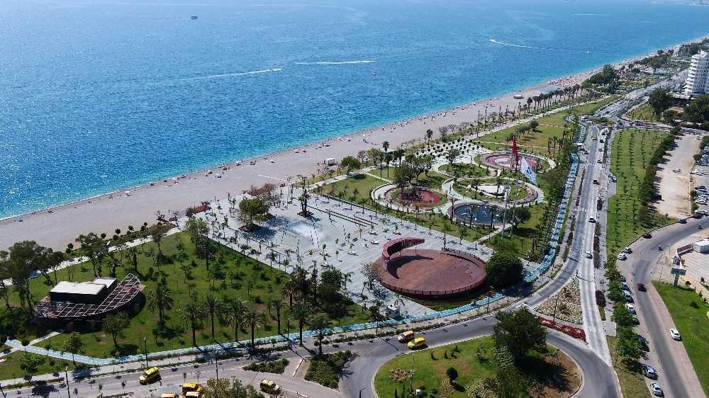 Büyükşehir belediyesinden Konyaaltı Sahili açıklaması
