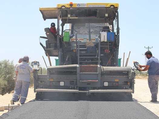 Cezaevi yoluna sıcak asfalt