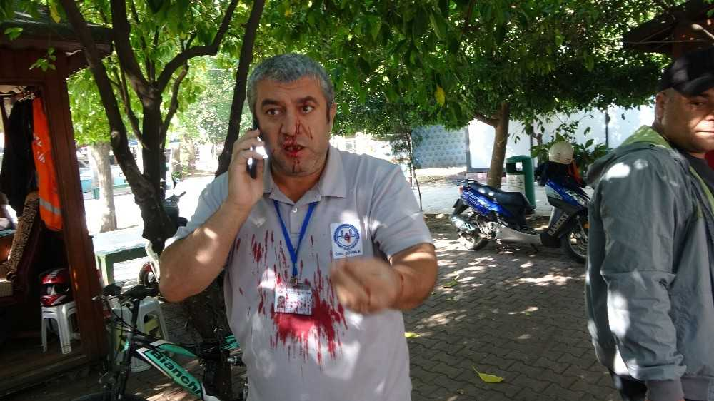 Maske uyarısı yapan cami güvenlik görevlisi bıçaklandı