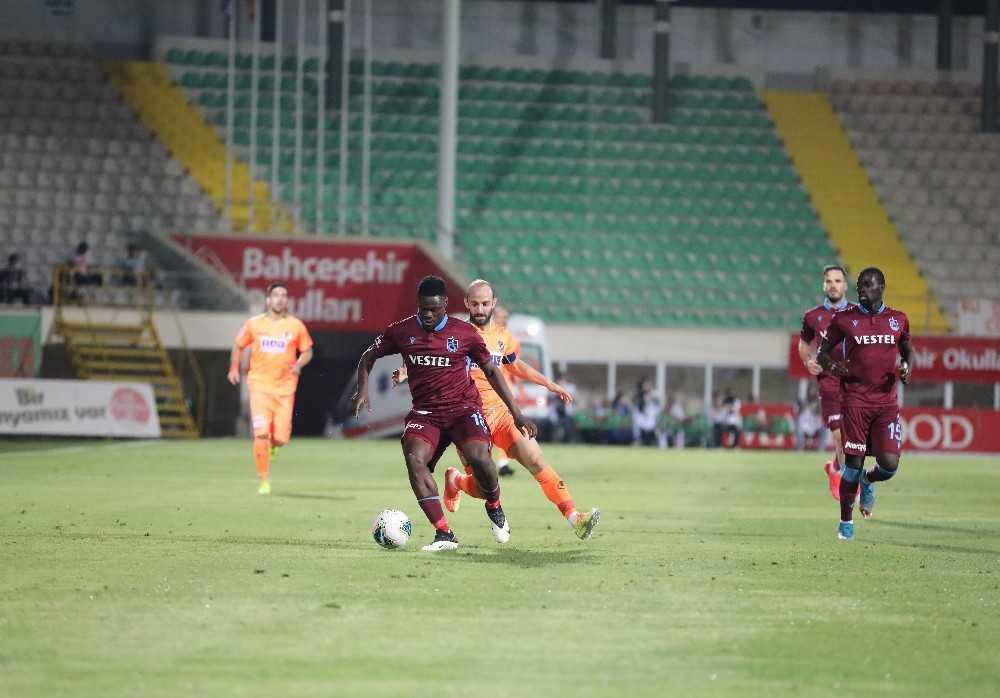 Süper Lig: Aytemiz Alanyaspor: 1 – Trabzonspor: 1 (İlk yarı)