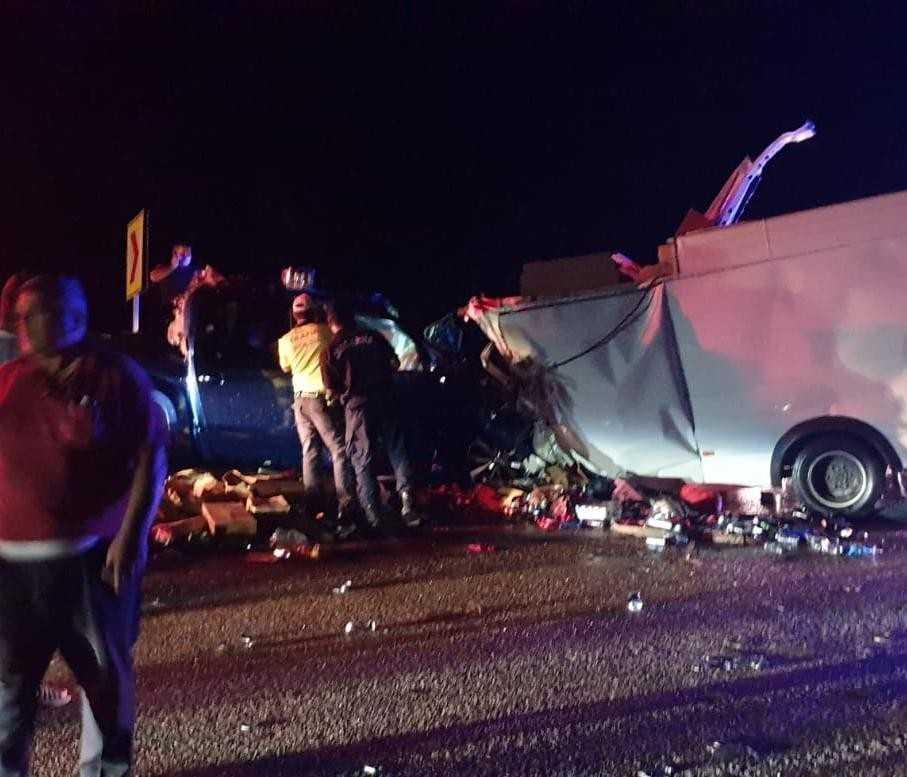 Antalya-Konya yolunda feci kaza: 2 ölü, 4 yaralı