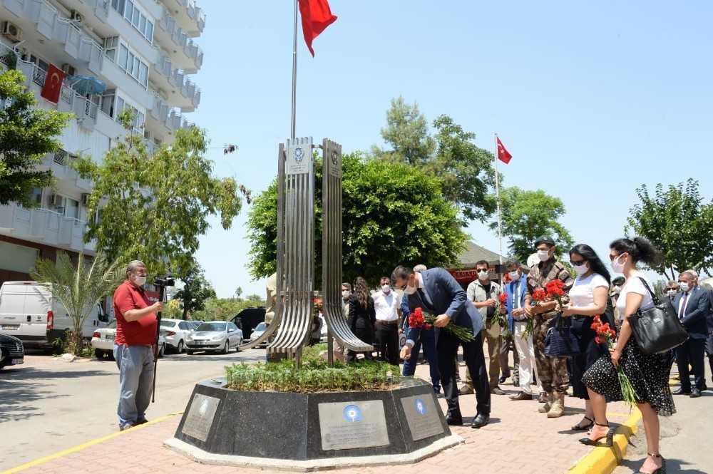 Antalya'da helikopter şehitleri anıldı