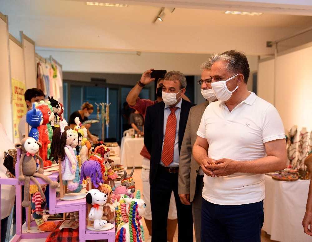 El emeği ürünler Muratpaşa'nın fuayesinde açıldı