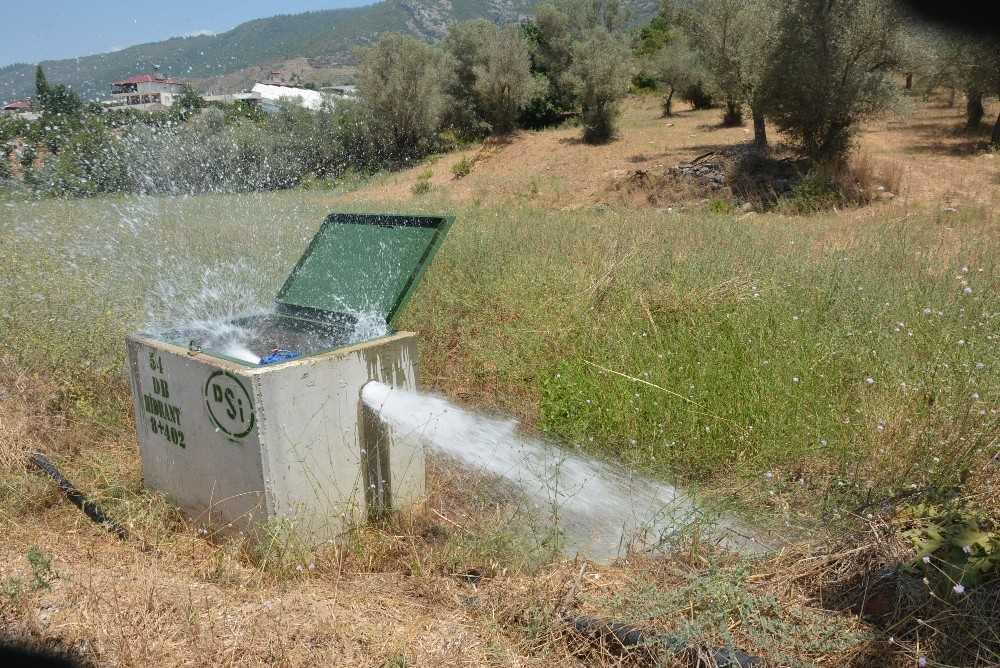Gazipaşa Ovası'na deneme amaçlı su verildi