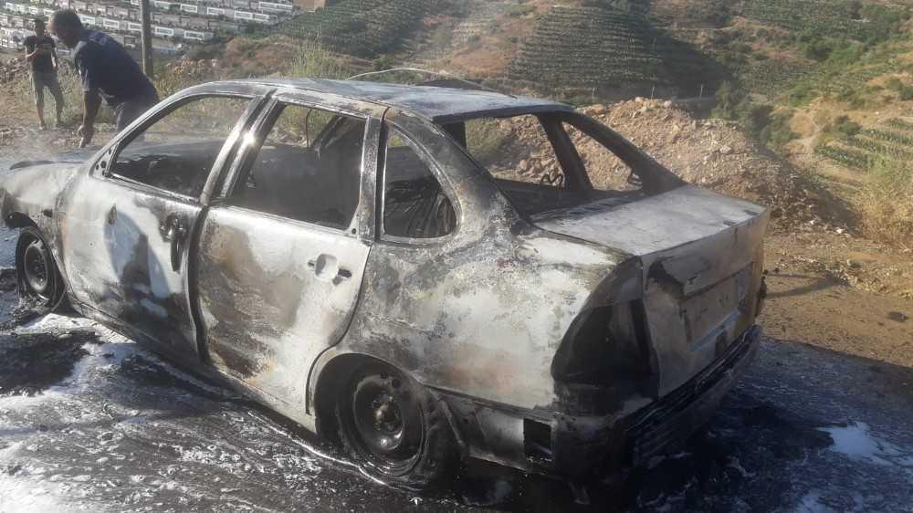 Hareket halinde alev alan otomobil yandı