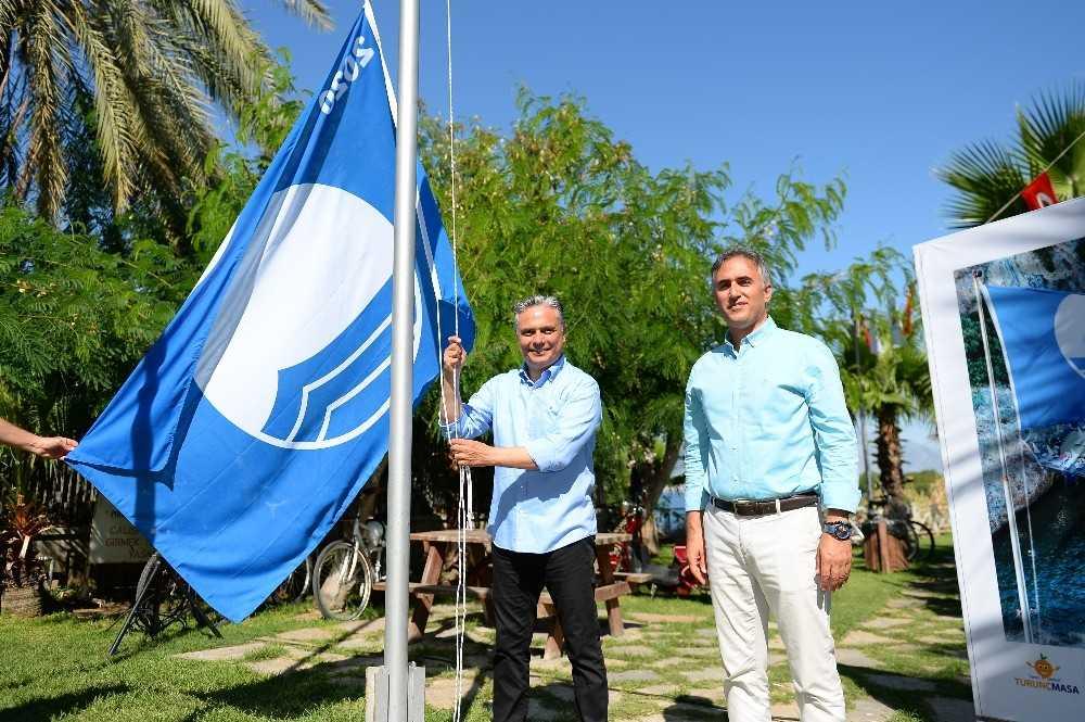Muratpaşa'da 5 halk plajına Mavi Bayrak verildi
