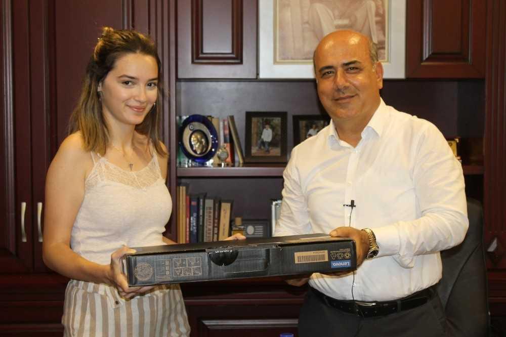 YKS Şampiyonuna Ödül
