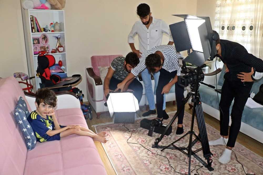 5 yaşında öleceğini duyunca büyümek istemeyen Umutcan'ın hayatı belgesel oluyor