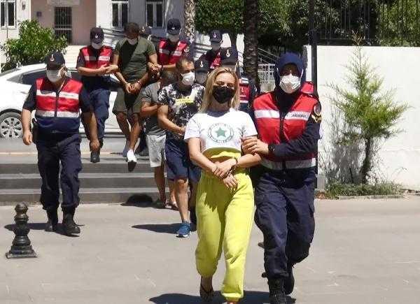 Antalya'da dört ayrı operasyonda 1 milyon liralık uyuşturucu ele geçirildi: 8 tutuklama