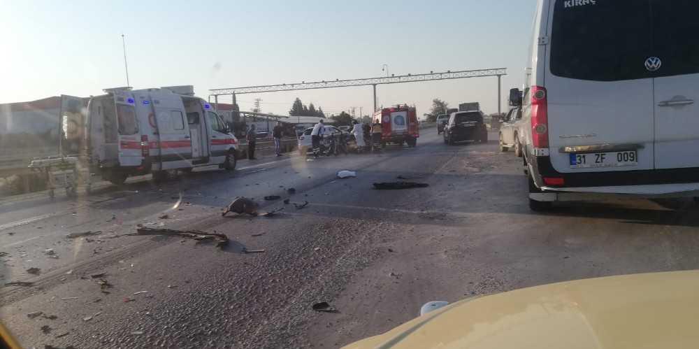 Antalya'da intihar gibi kaza: 1'i ağır 2 yaralı