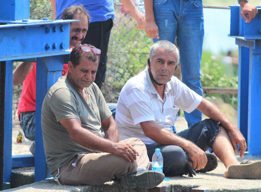 Antalya'da su kanalı başında acı bekleyiş