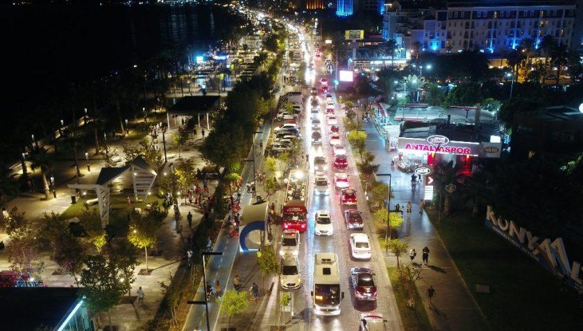 Antalya'da Zafer Bayramı kutlamaları başladı