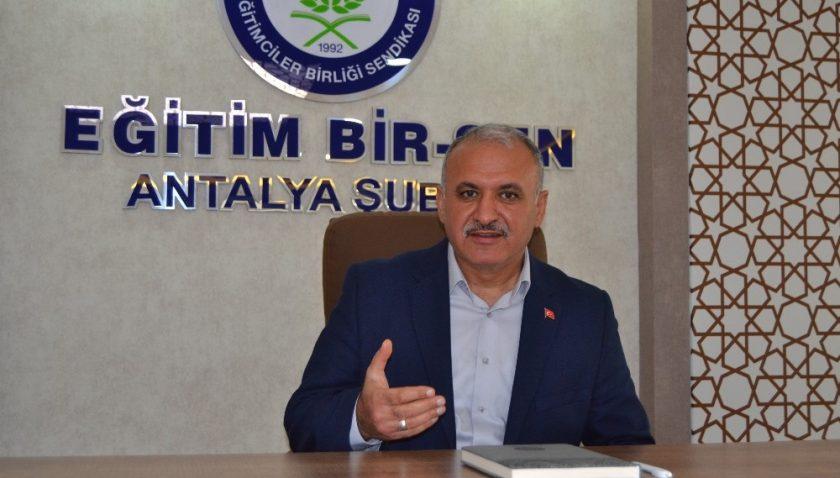 Eğitim-Bir-Sen Antalya Şube Başkanı Miran: 'Kitap derhal toplatılmalı'
