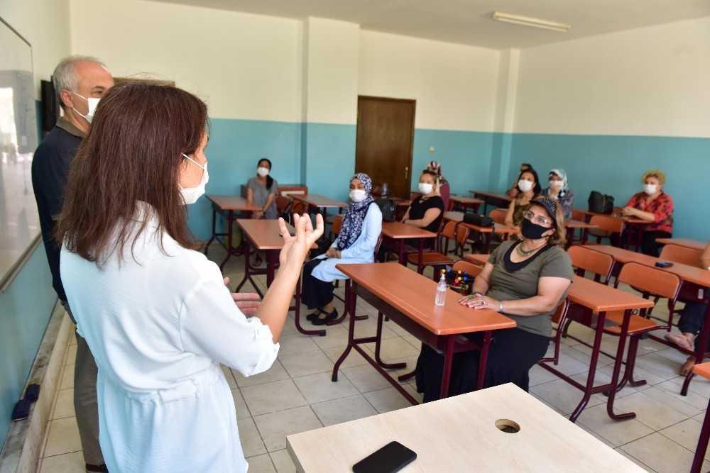 Kepez'den girişimci kadınlara destek