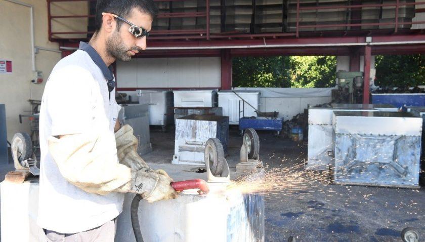Konyaaltı'nda çöp konteynerleri yer altına alınıyor