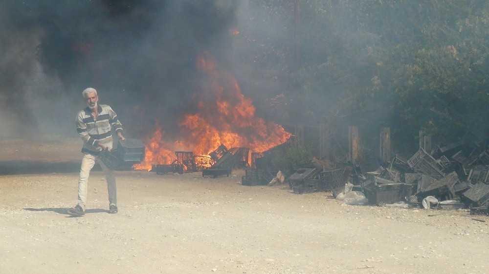 Kullanılmayan eski Türk hamamında yangın