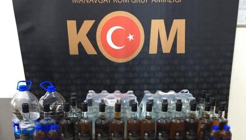 Manavgat'taki bir markette sahte alkol ele geçirildi