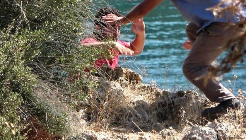 Antalya'da falezlerde hayatı pahasına hayat kurtaran müdahale
