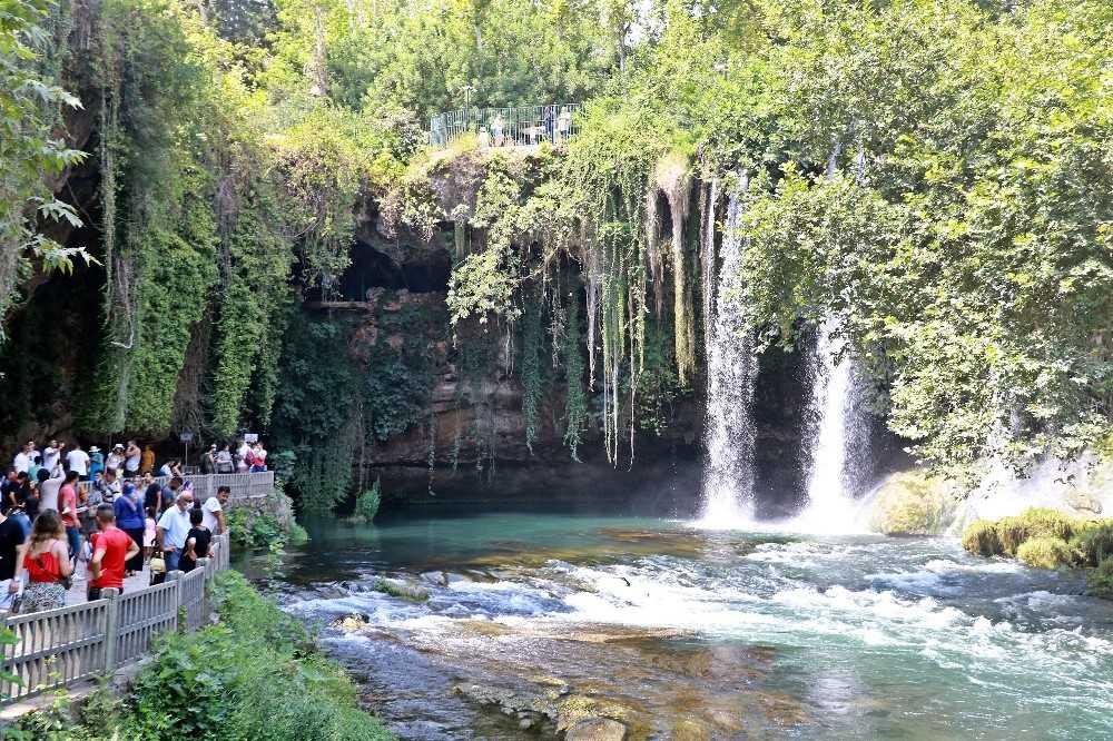 Düden Şelalesi 'kesin korunacak hassas alan' ilan edildi