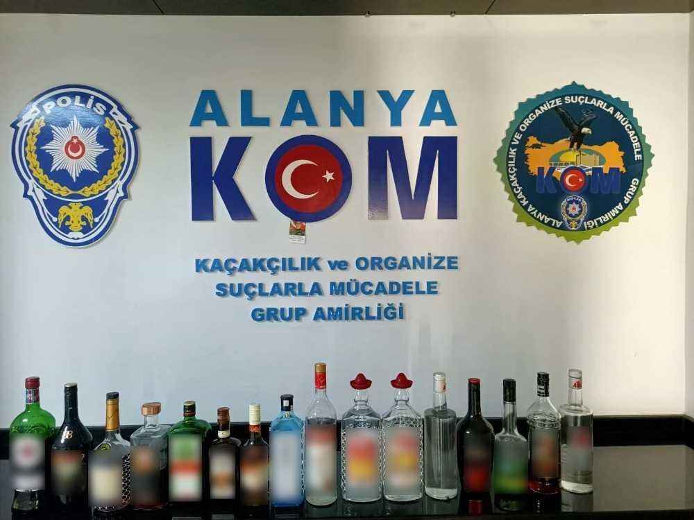 Alanya'da restorana kaçak içki baskını
