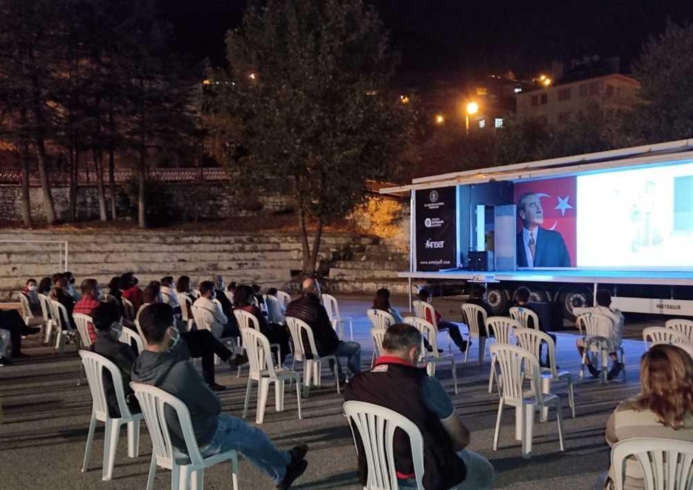 Altın Portakal Sinema Tırı Akseki ve Kaş'taydı