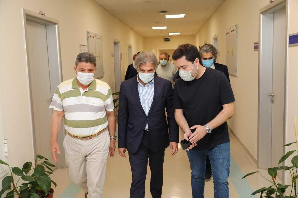 """Bakan Yardımcısı Demircan: """"Başkan Böcek'in durumu iyiye gidiyor"""""""