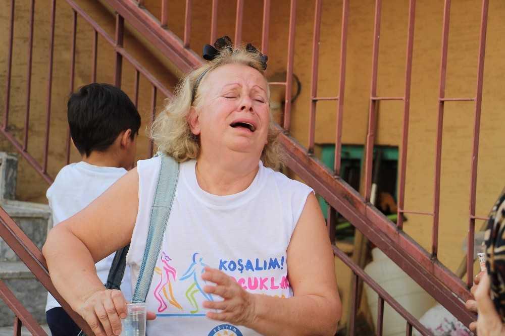 Depo alev topuna döndü, bina sakinleri gözyaşlarına boğuldu