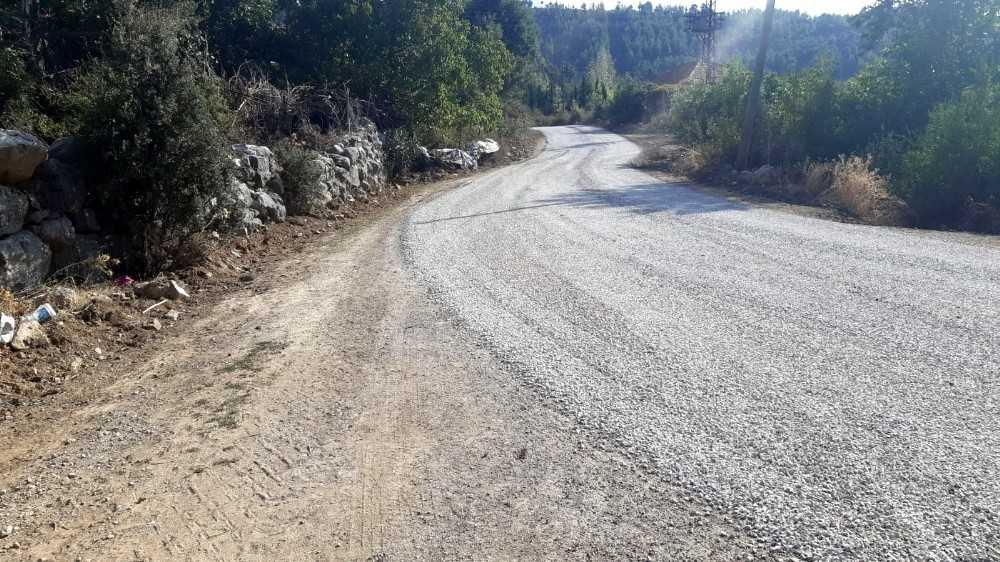 Manavgat Belediyesi'nden asfaltlama çalışması