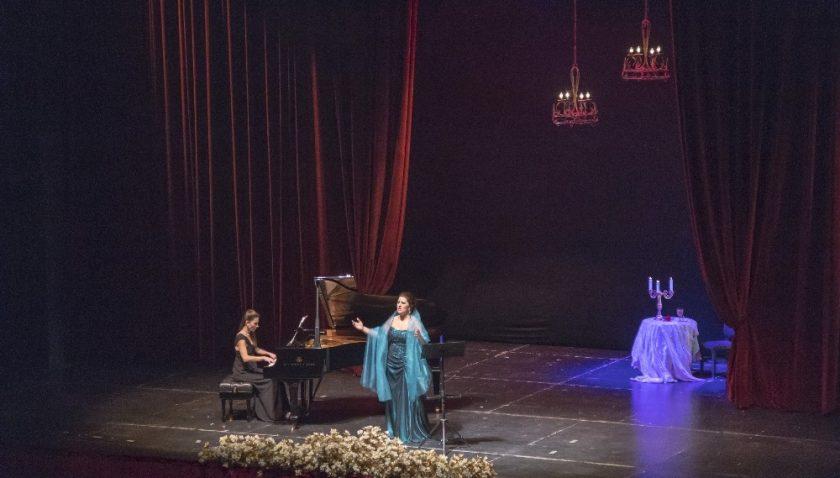 Opera sahnesinde Rus bestecileri konseri
