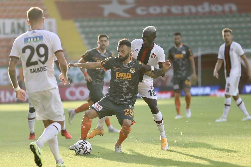 Süper Lig: Aytemiz Alanyaspor: 2 – Fatih Karagümrük: 0 (Maç sonucu)