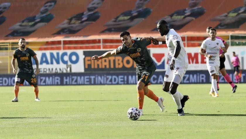 Süper Lig: Aytemiz Alanyaspor: 4 – Atakaş Hatayspor: 0 (İlk yarı)