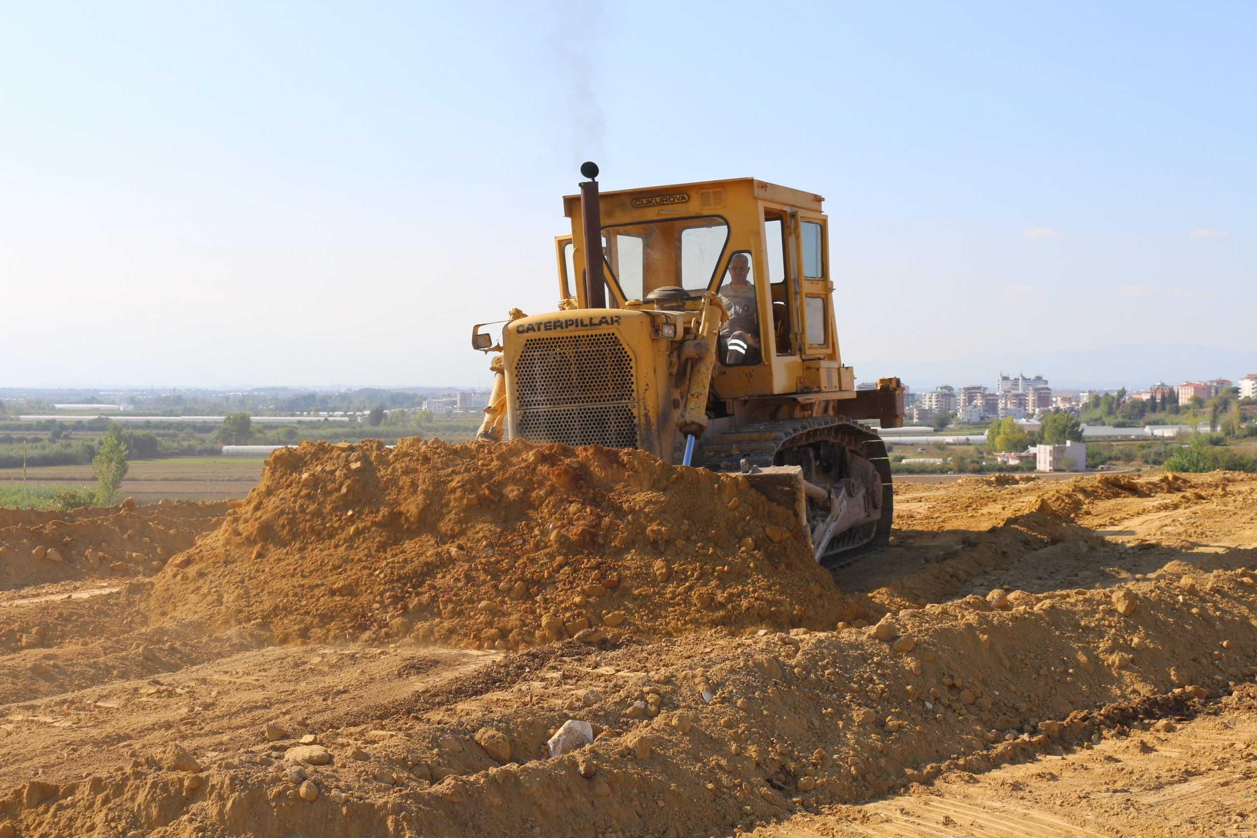 Serik'e 30 yıllık mezarlık ihtiyacını karşılayacak mezarlık alanı yapılıyor