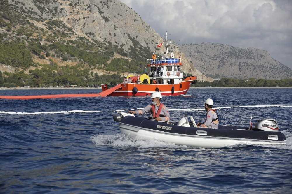 Antalya'da deniz kirliliği tatbikatı