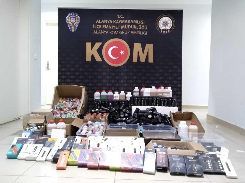 Antalya'da elektronik sigara operasyonu