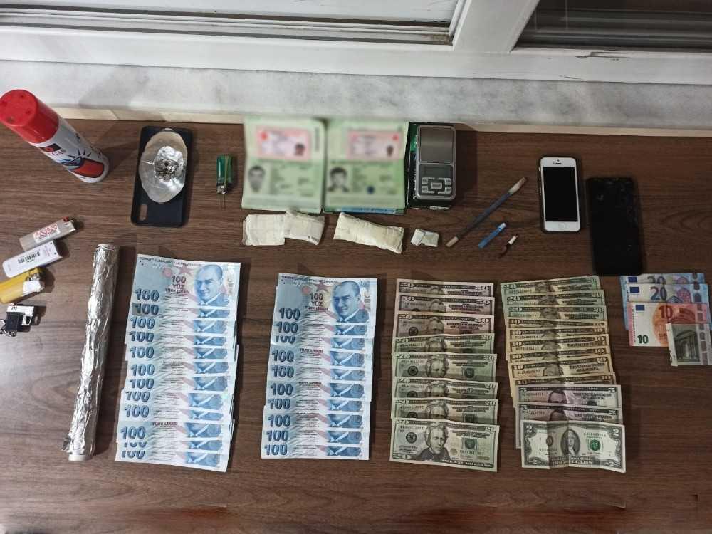 Antalya'da sahte para ve uyuşturucu operasyonu