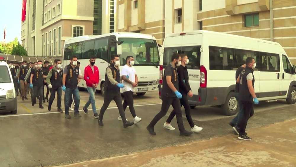 Antalya'da yasa dışı bahis operasyonu: 43 gözaltı
