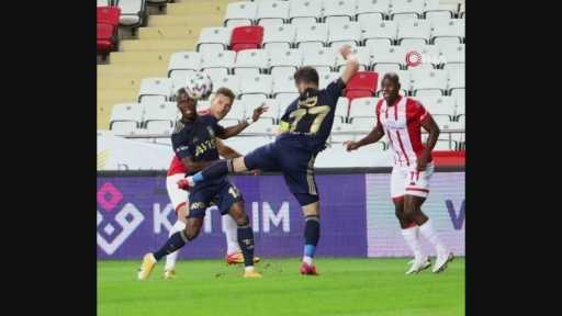 Antalyaspor – Fenerbahçe maçından kareler -1-